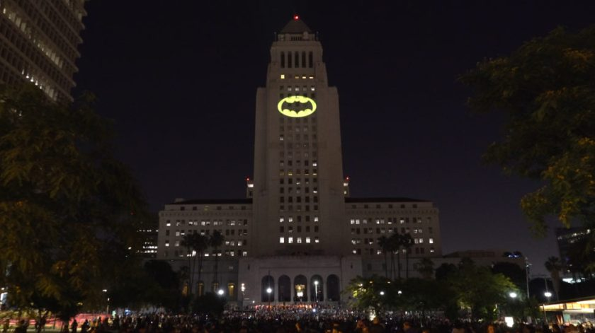Batsignal_thumb_NO_TEXT-970x545
